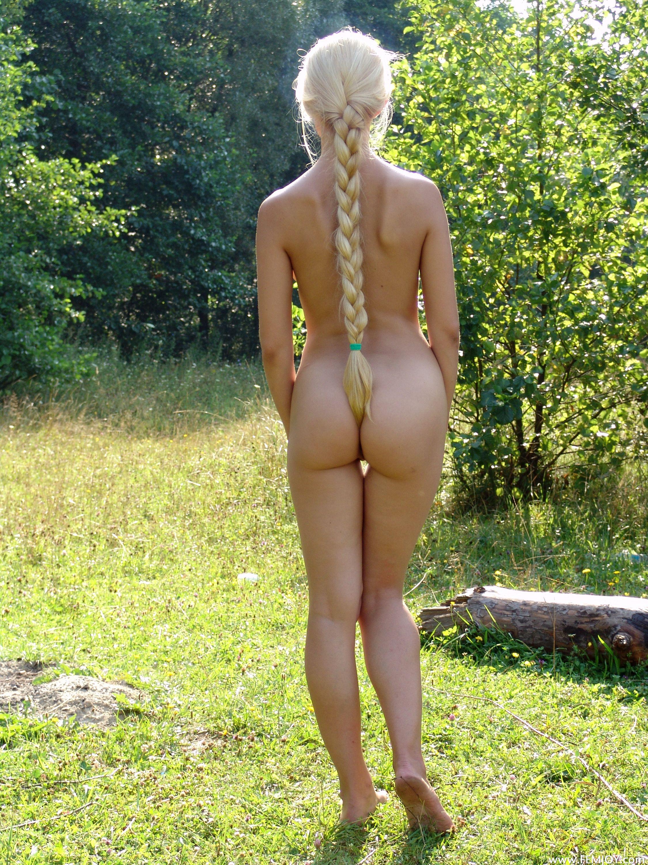 Голые большие пизды и жопы
