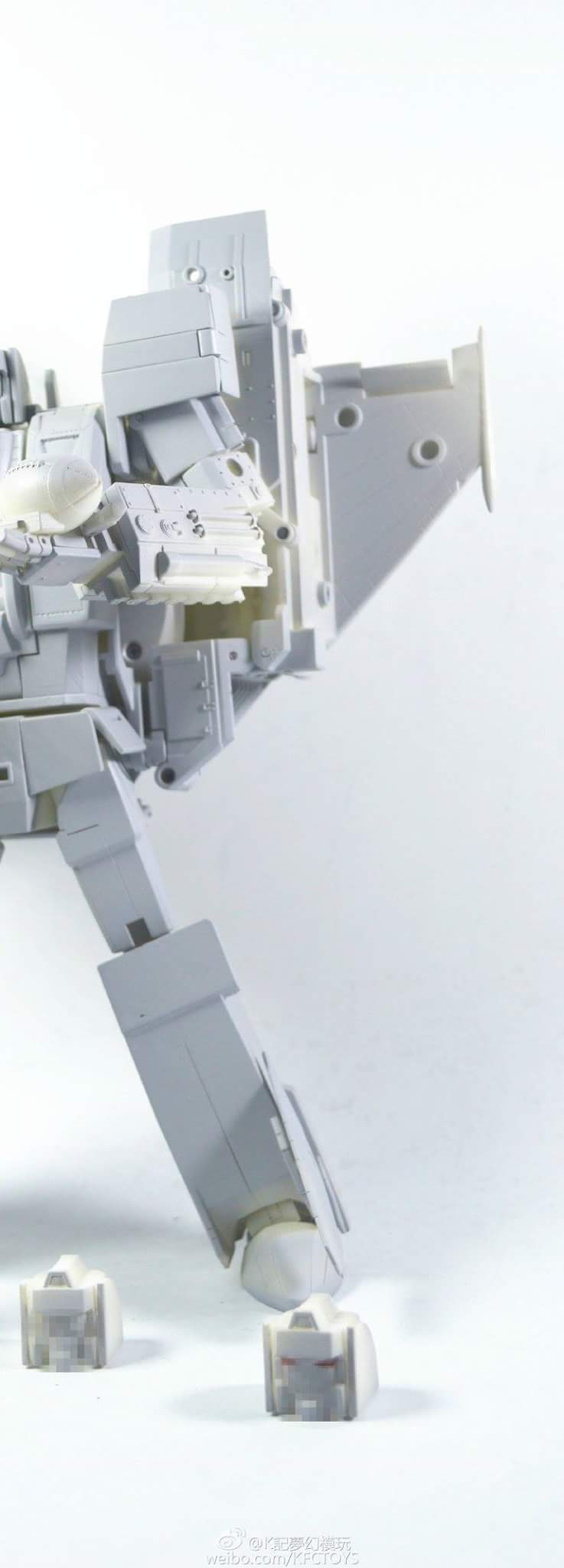 [KFC Toys] Produit Tiers - Jouet Phase 7-A Ditka - aka Blitzwing/Le Blitz Uk0vKrm1