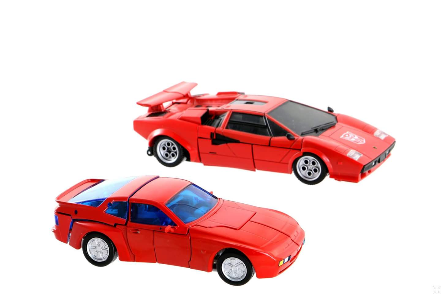 [ACE Collectables] Produit Tiers - Minibots MP - ACE-01 Tumbler (aka Cliffjumper/Matamore), ACE-02 Hiccups (aka Hubcap/Virevolto), ACE-03 Trident (aka Seaspray/Embruns) 3gayIG0y