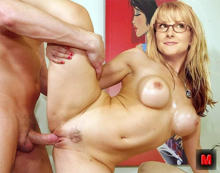 Melissa rauch porn pictures