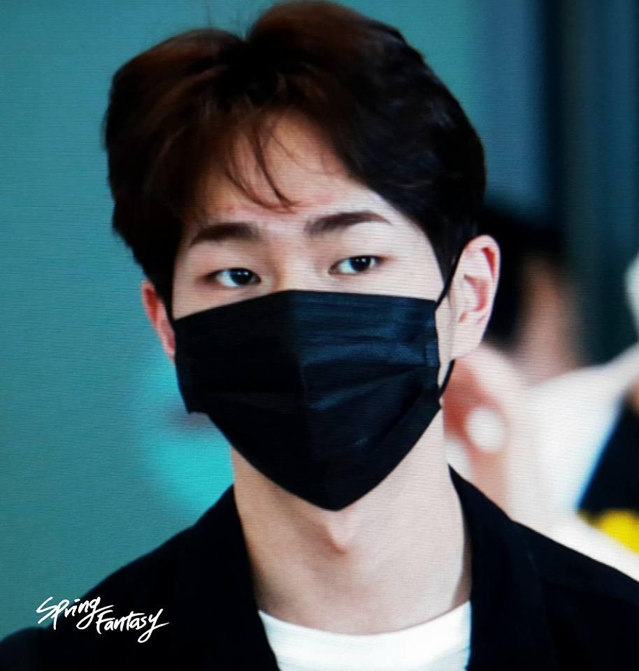 [IMG/160718] Onew, Jonghyun, Key, Minho @Aeropuerto de Kansai e Incheon (Jap-Cor) MYbFVyRI