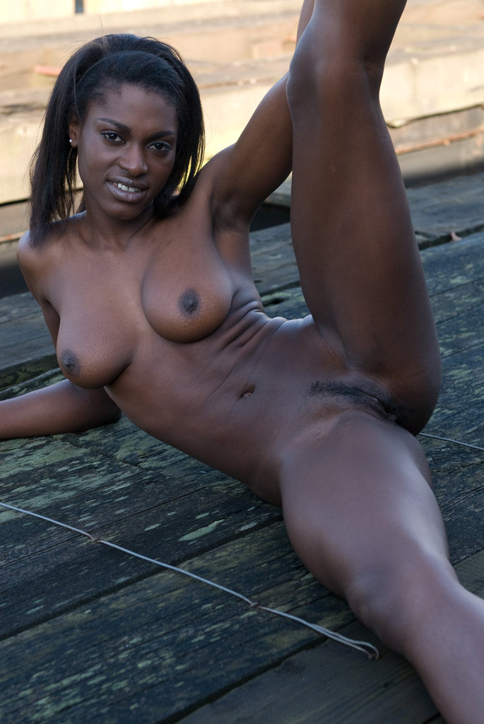 Фото голой негр женщины