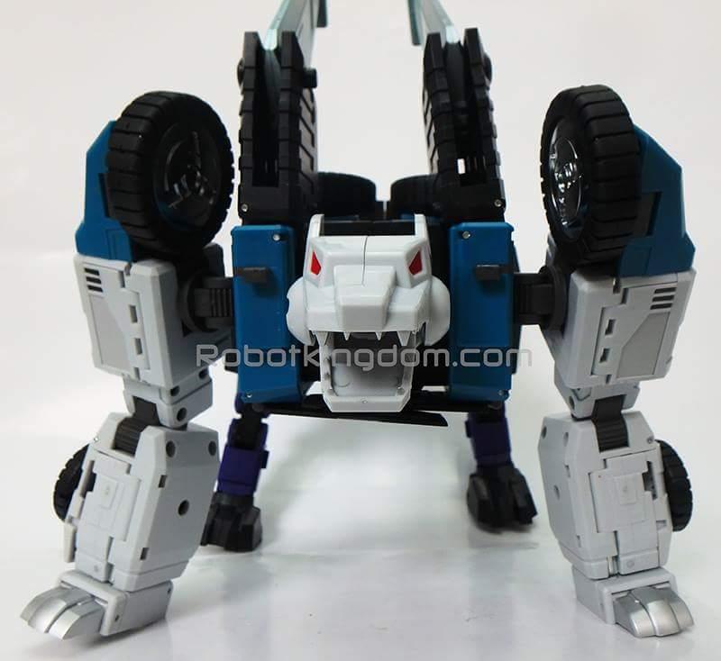 [DX9 Toys] Produit Tiers - Jouet D10 Hanzo - aka Sixshot/Hexabot VDCNinit