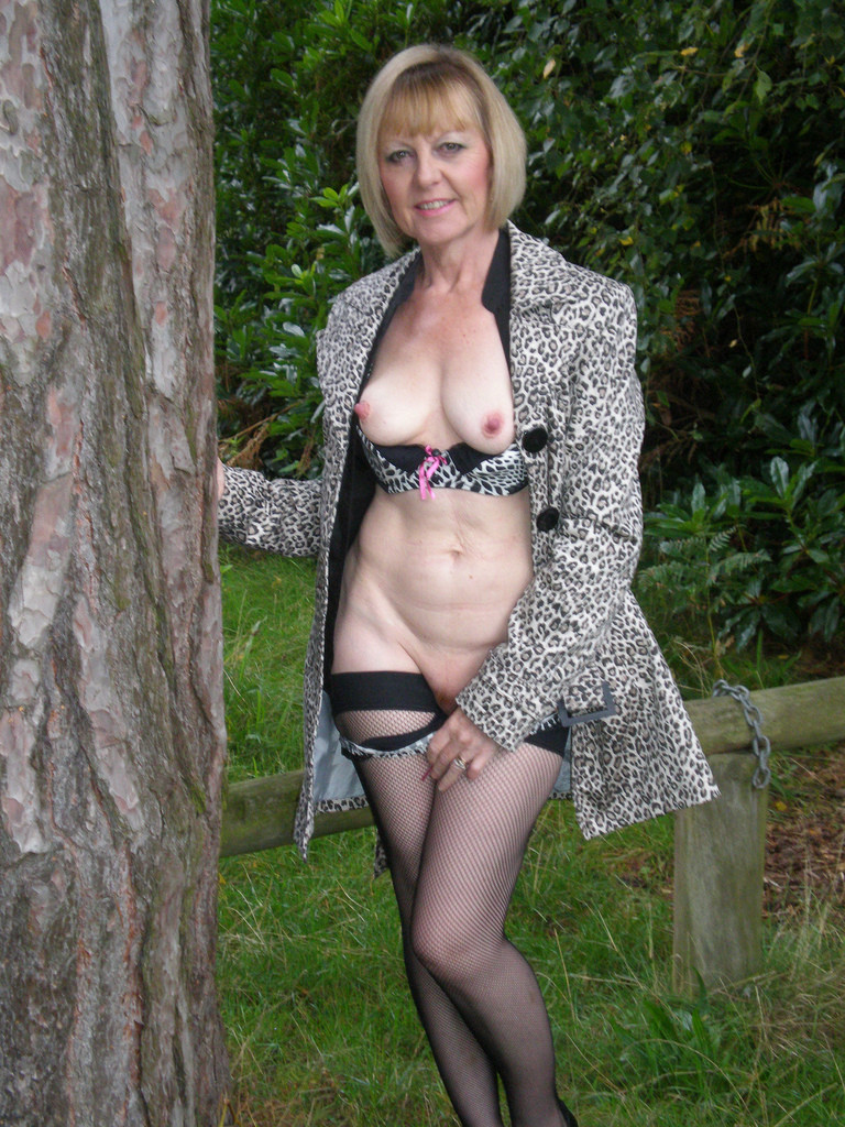 nudist chat polish escort uk