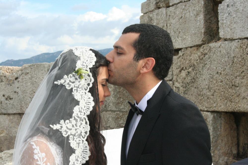Tuba I Murat: What Is Fatmagul's Fault?