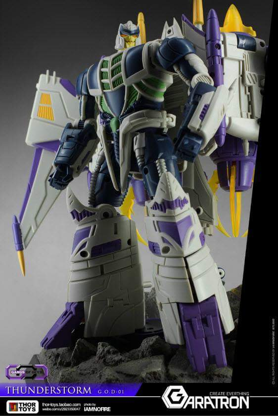 [Garatron] Produit Tiers - Gand of Devils G.O.D-01 Thunderstorm - aka Thunderwing des BD TF d'IDW - Page 2 RFRY00EE