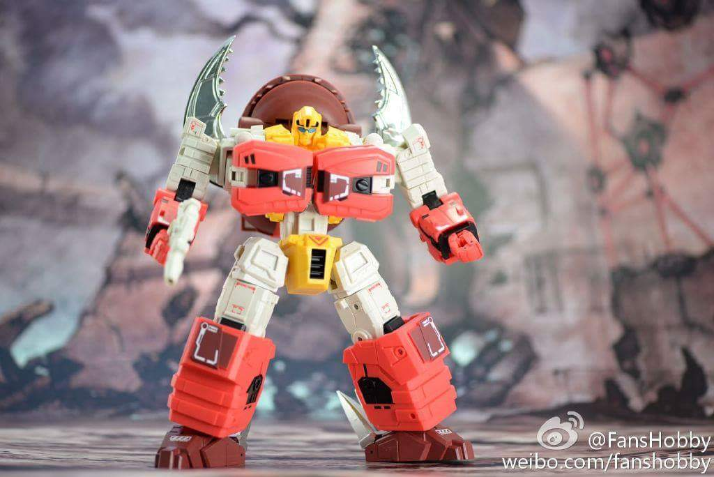 [FansHobby] Produit Tiers - Master Builder MB-02/03/05 - aka Monsterbots/Monstrebots Fc3rlusm