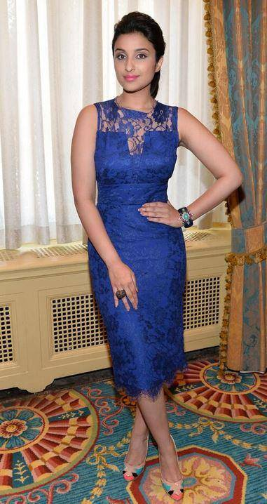 Parineeti Chopra Snapped At Toronto International Film Festival Abv0n9qE