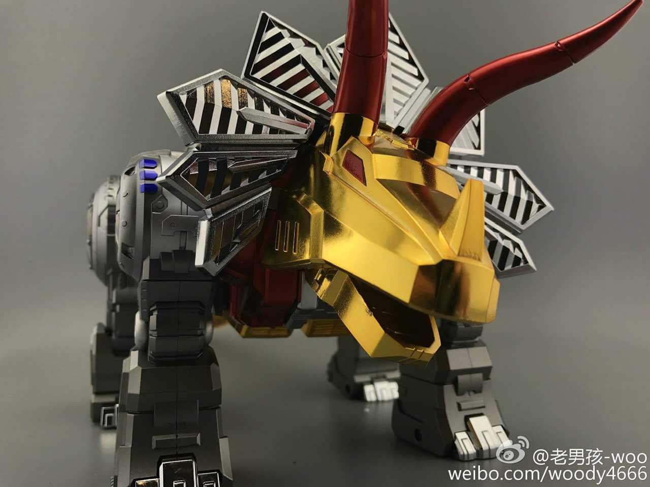 [GigaPower] Produit Tiers - Jouets HQ-01 Superator + HQ-02 Grassor + HQ-03 Guttur + HQ-04 Graviter + HQ-05 Gaudenter - aka Dinobots - Page 4 Xsrxgqig