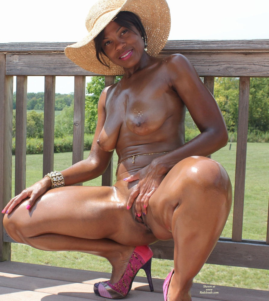 Amateur black wife nude