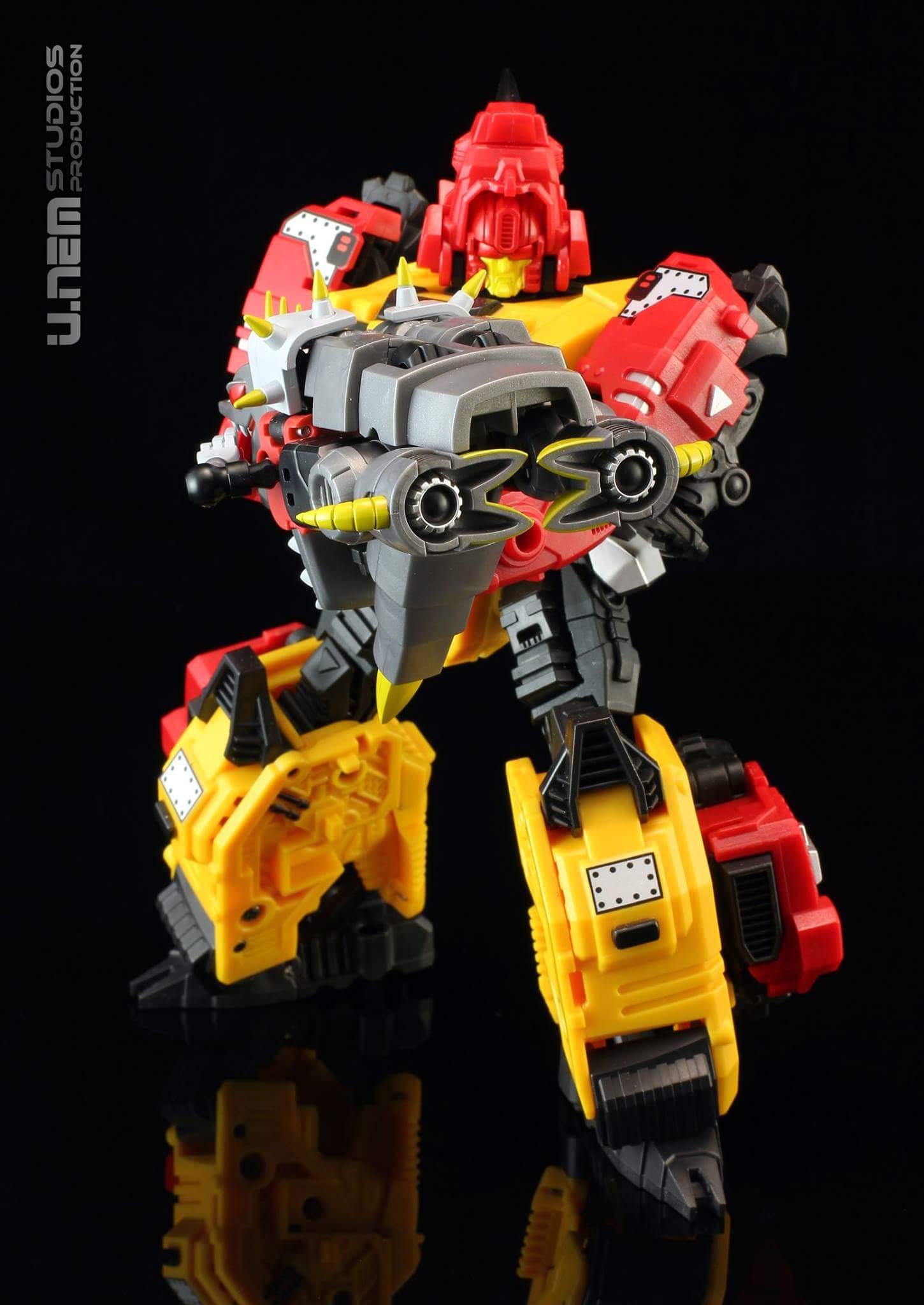 Produit Tiers: [Corbot V] CV-002 Mugger - aka Allicon | [Unique Toys] G-02 Sharky - aka Sharkticon/Requanicon FN8DnBSr