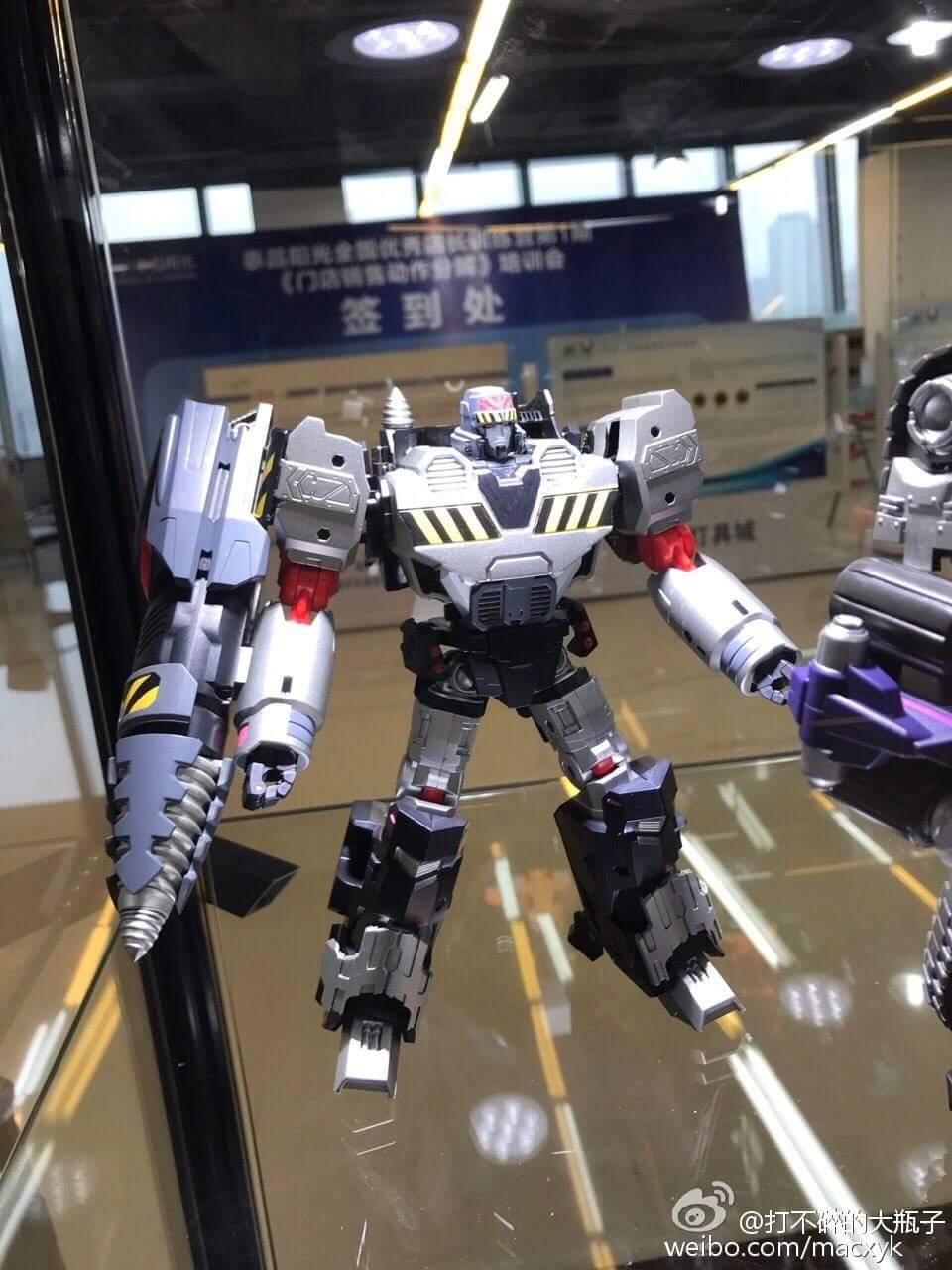 [Mastermind Creations] Produit Tiers - Reformatted R-28 Tyrantron - aka Megatron des BD IDW Uq9os3Kc
