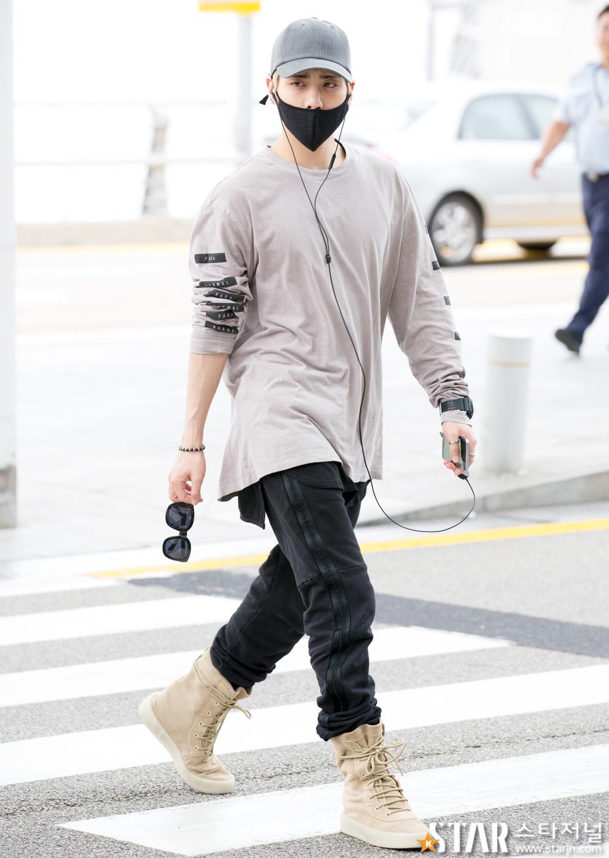 [IMG/160715] Jonghyun, Key @ Aeropuerto Incheon hacia Japón. Wg7ZBJIE