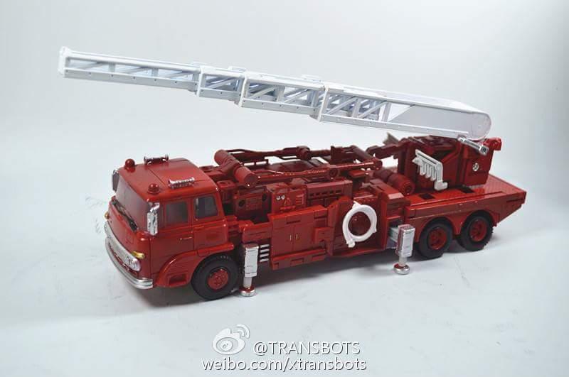 [X-Transbots] Produit Tiers - MX-V Dante (aka Inferno) + MX-VII Tirador & Ignis (aka Artfire & Nightstick) Zm5oSQv1