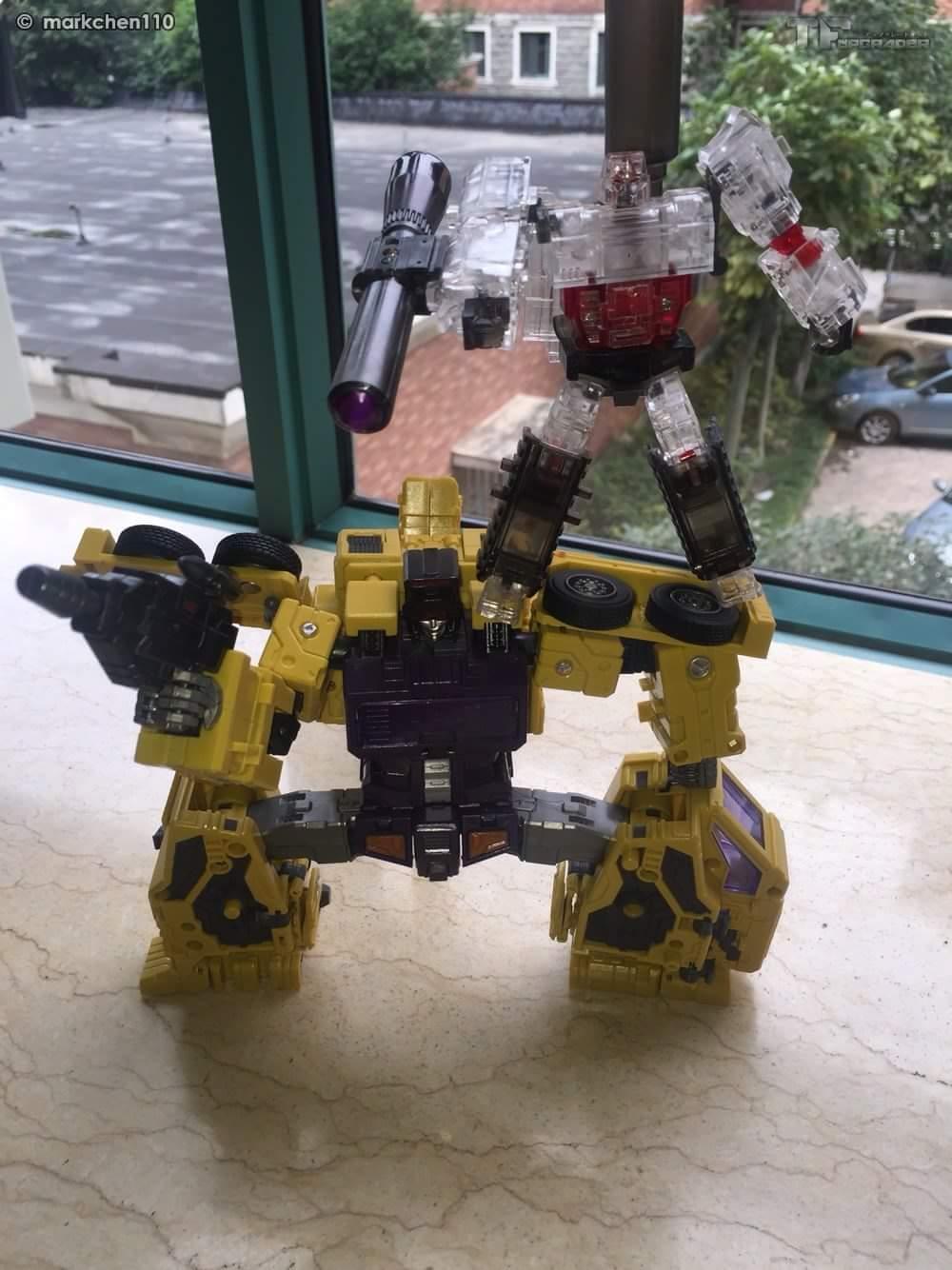 [Toyworld] Produit Tiers - Jouet TW-C Constructor aka Devastator/Dévastateur (Version vert G1 et jaune G2) - Page 8 UawVaiT0