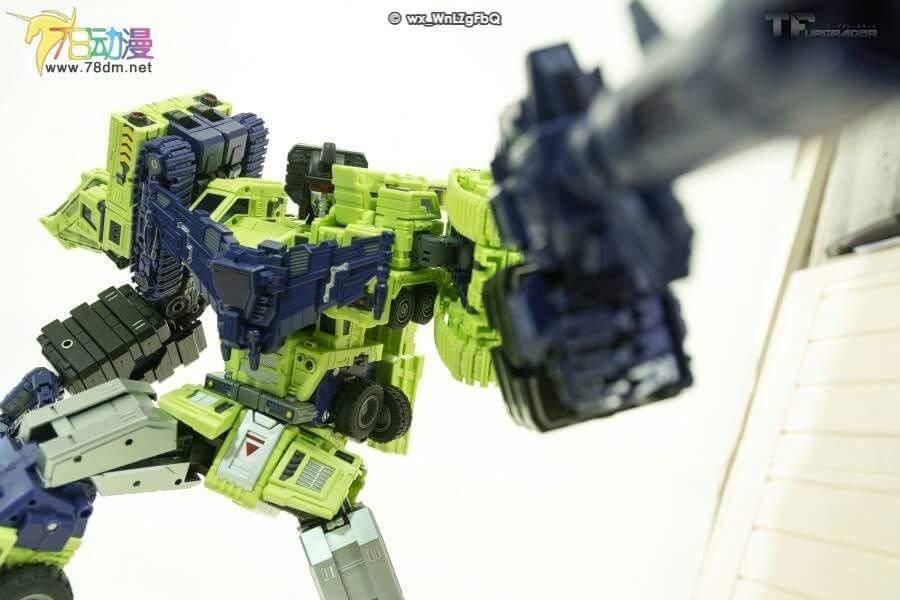 [Toyworld] Produit Tiers - Jouet TW-C Constructor aka Devastator/Dévastateur (Version vert G1 et jaune G2) - Page 7 SRpxH9Re