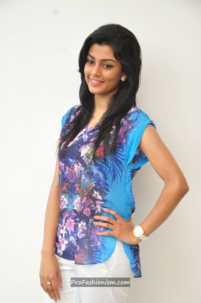 Anisha Ambrose Stills from Areyrey Press meet AcpTaUdD