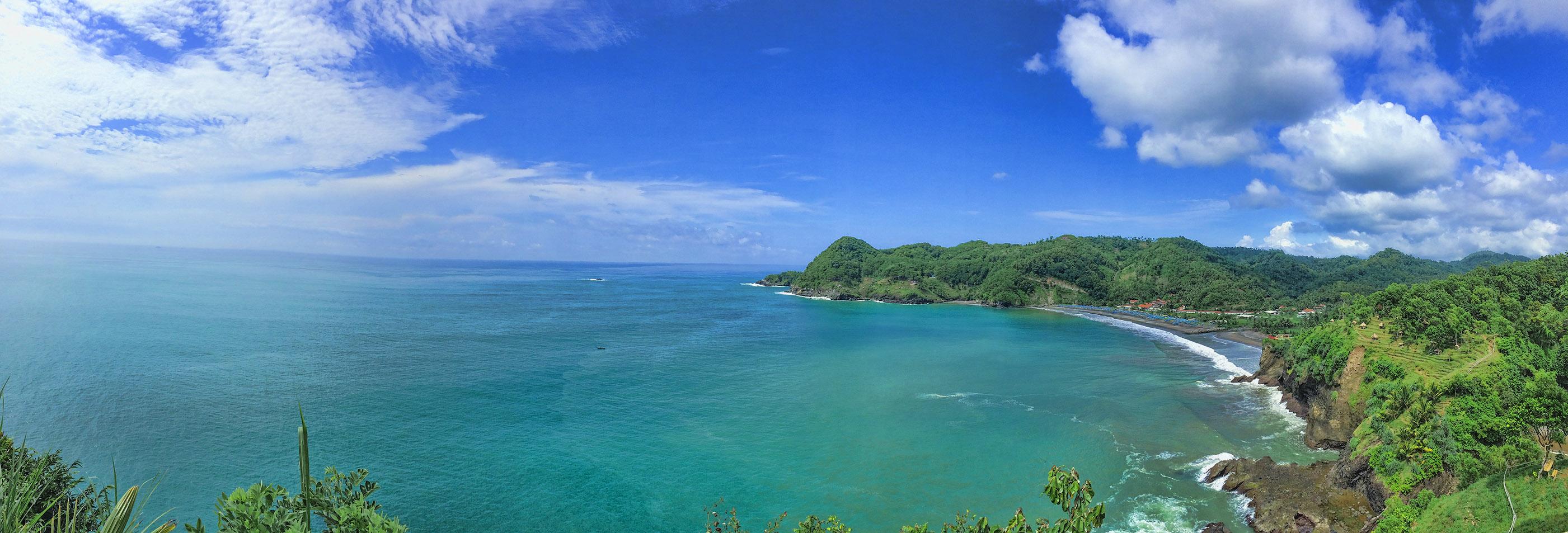indahnya pantai patemon di kebumen