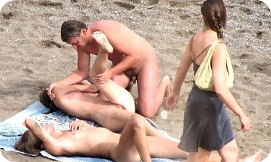 sexo en directo follando en playa nudista