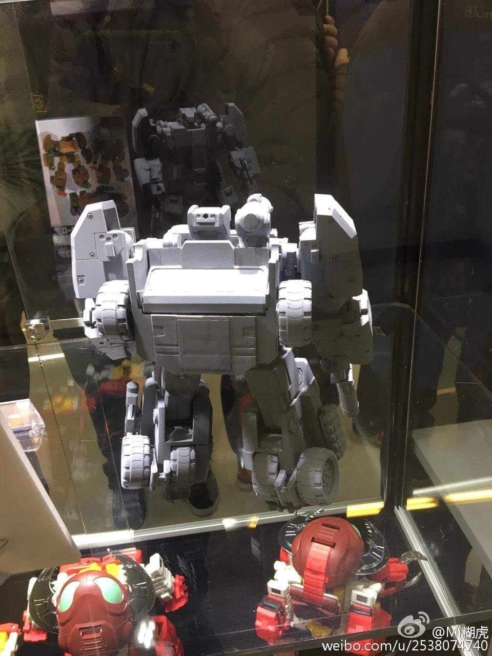 [FansHobby] Produit Tiers - Master Builder MB-07 Gun Buster - aka Roadbuster/Cahot des Wreckers IDW THFZiI4e