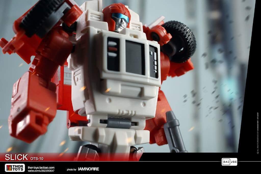 [BadCube] Produit Tiers - Minibots MP - Gamme OTS - Page 6 NSZL4Mlv