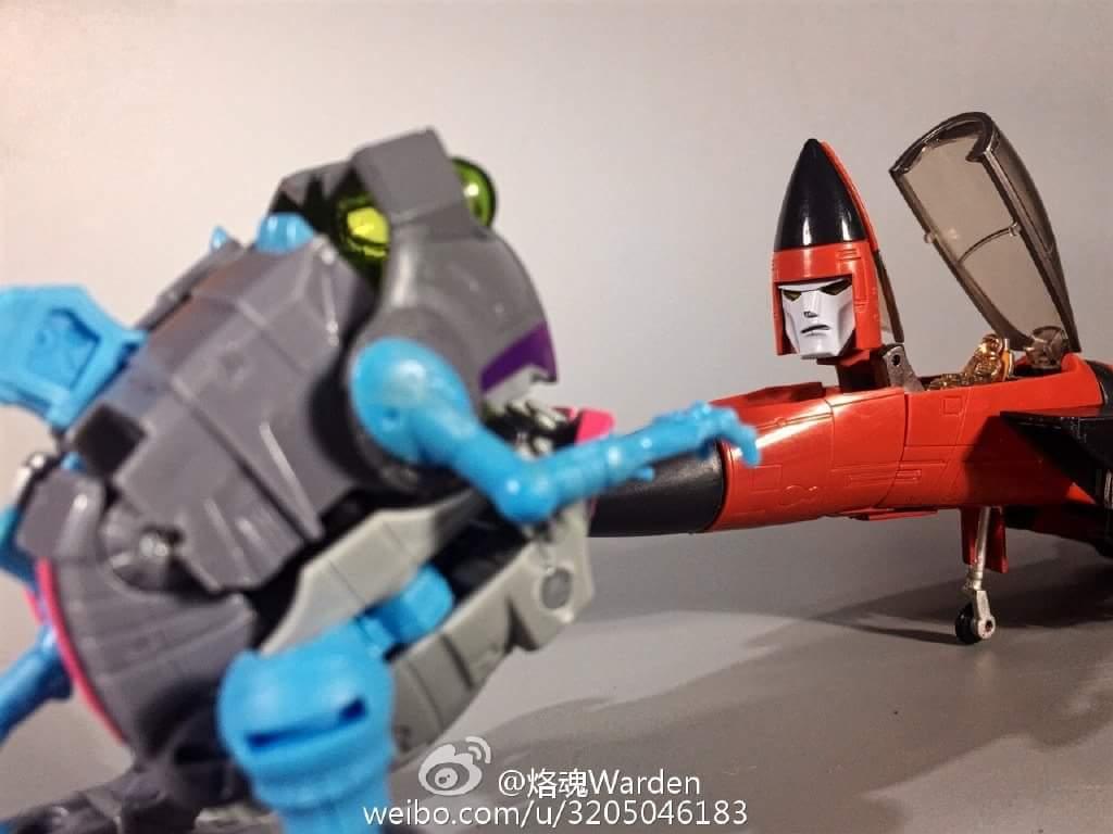 [Masterpiece] MP-11NT Thrust/Fatalo par Takara Tomy BH3ByTXA