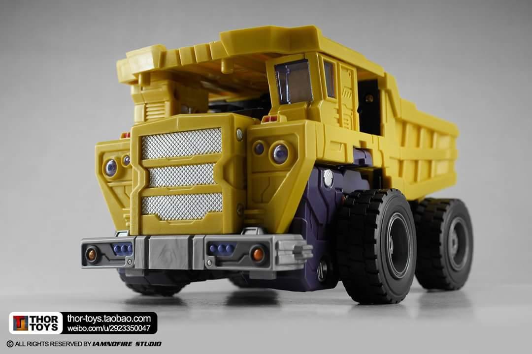 [Toyworld] Produit Tiers - Jouet TW-C Constructor aka Devastator/Dévastateur (Version vert G1 et jaune G2) - Page 8 Fp9TFbFR