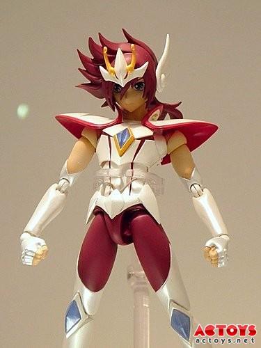 [Dicembre 2012] FIGUARTS - Kouga di Pegasus (S.S.Ω.) AccePSuC