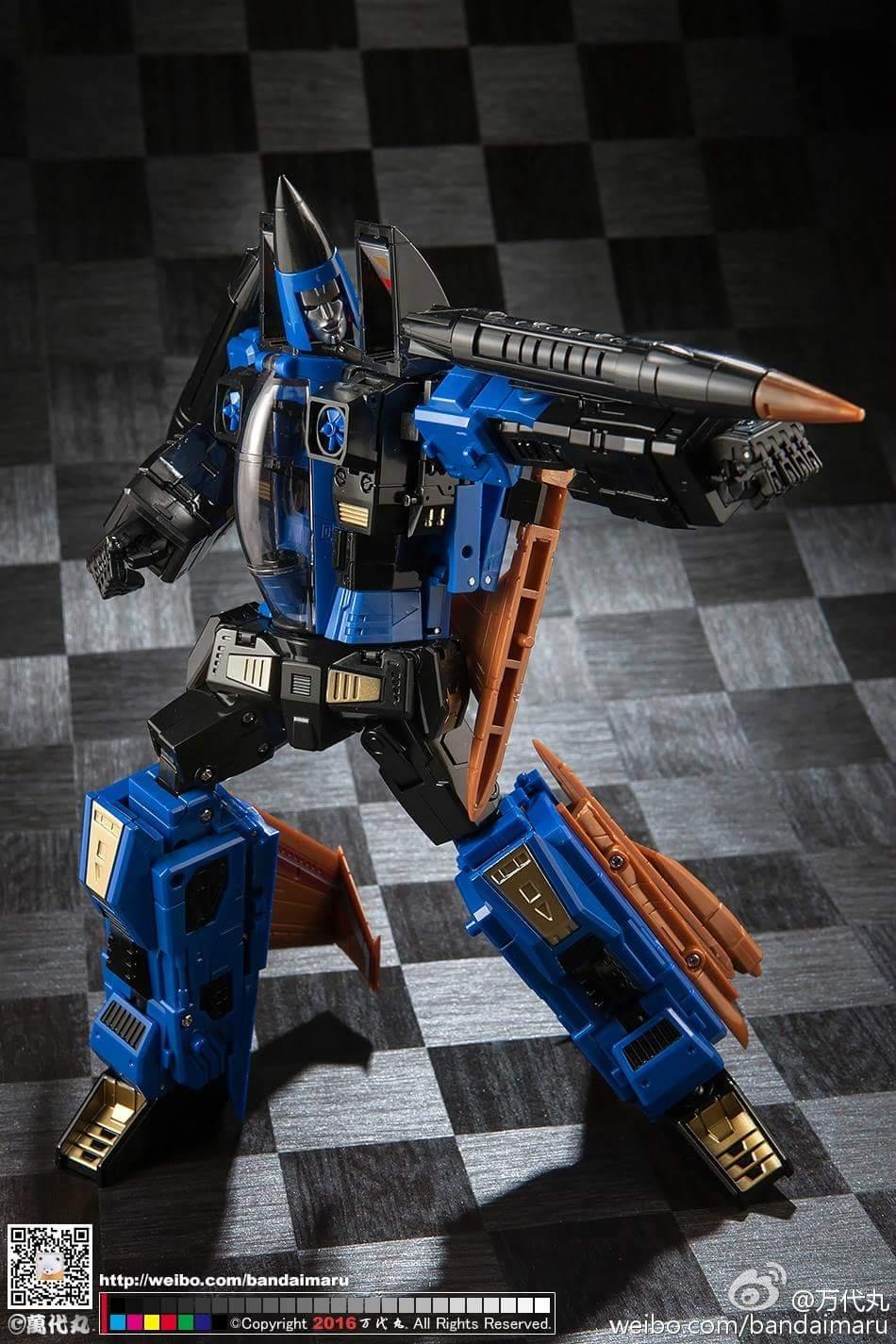 [ToyWorld] Produit Tiers - TW-M02A Combustor (Ramjet/Statoréacto), TW-M02B Assault (Thrust/Fatalo), TW-M02C Requiem (Dirge/Funébro) - Page 3 KN5IYT6a