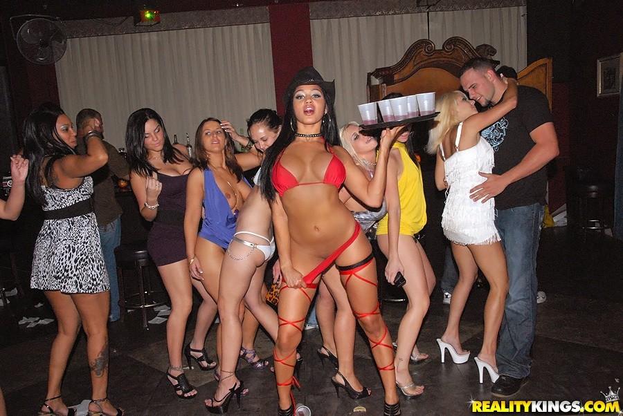 esta noche prostitutas condón
