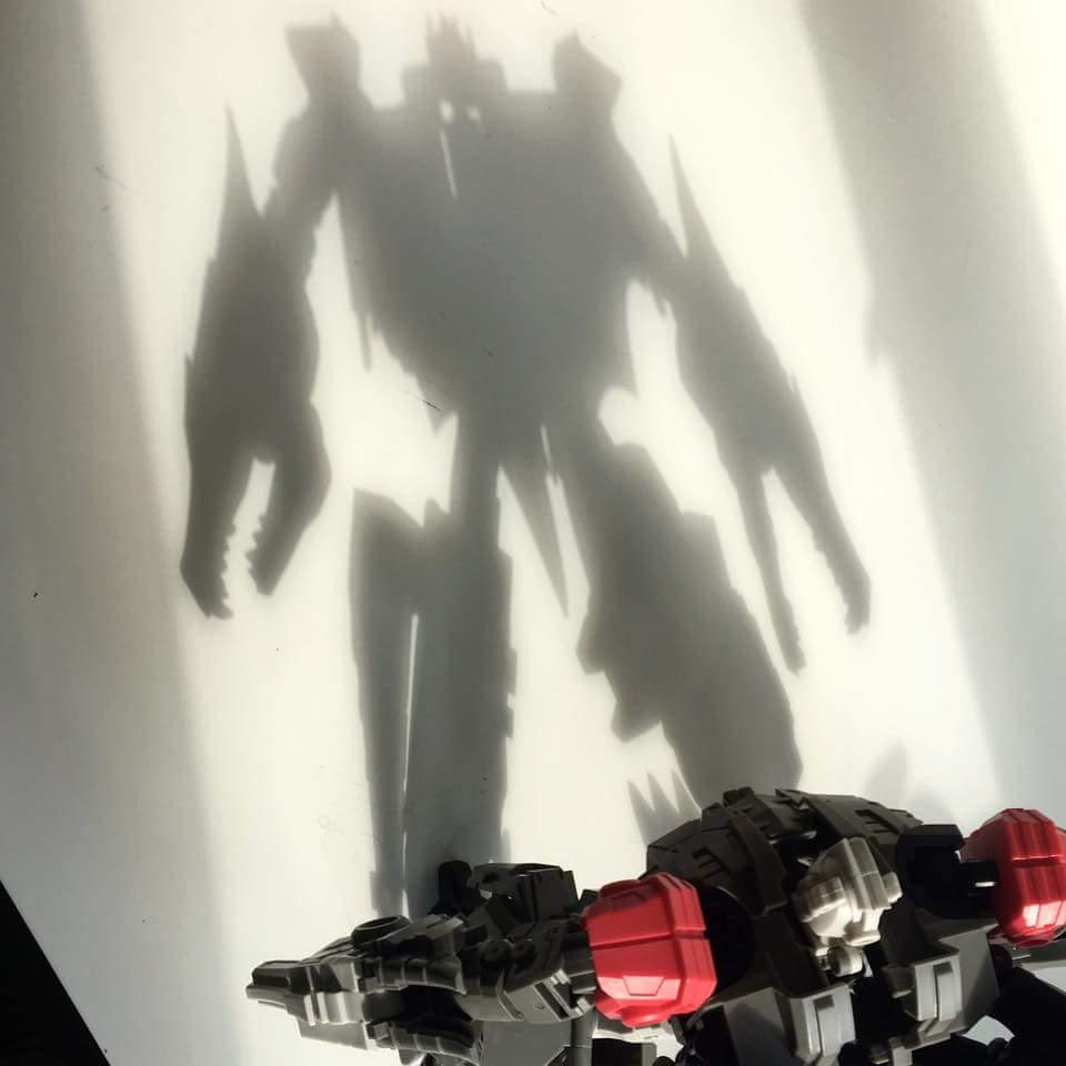 [FansHobby] Produit Tiers - Master Builder MB-02/03/05 - aka Monsterbots/Monstrebots - Page 2 7DeR0VpN