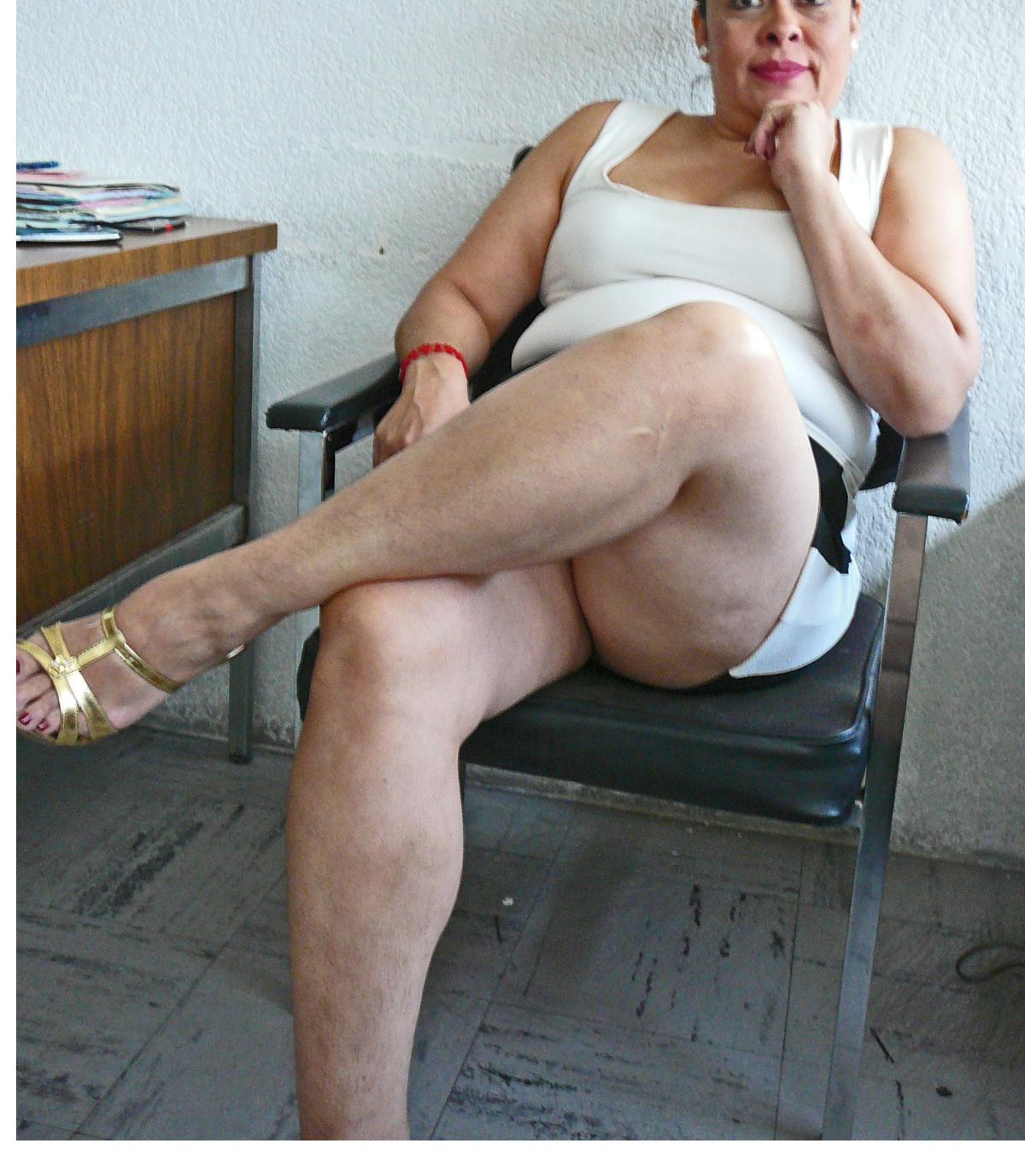 En calza y sin bombacha por la estacion ramos mejia - 3 part 6
