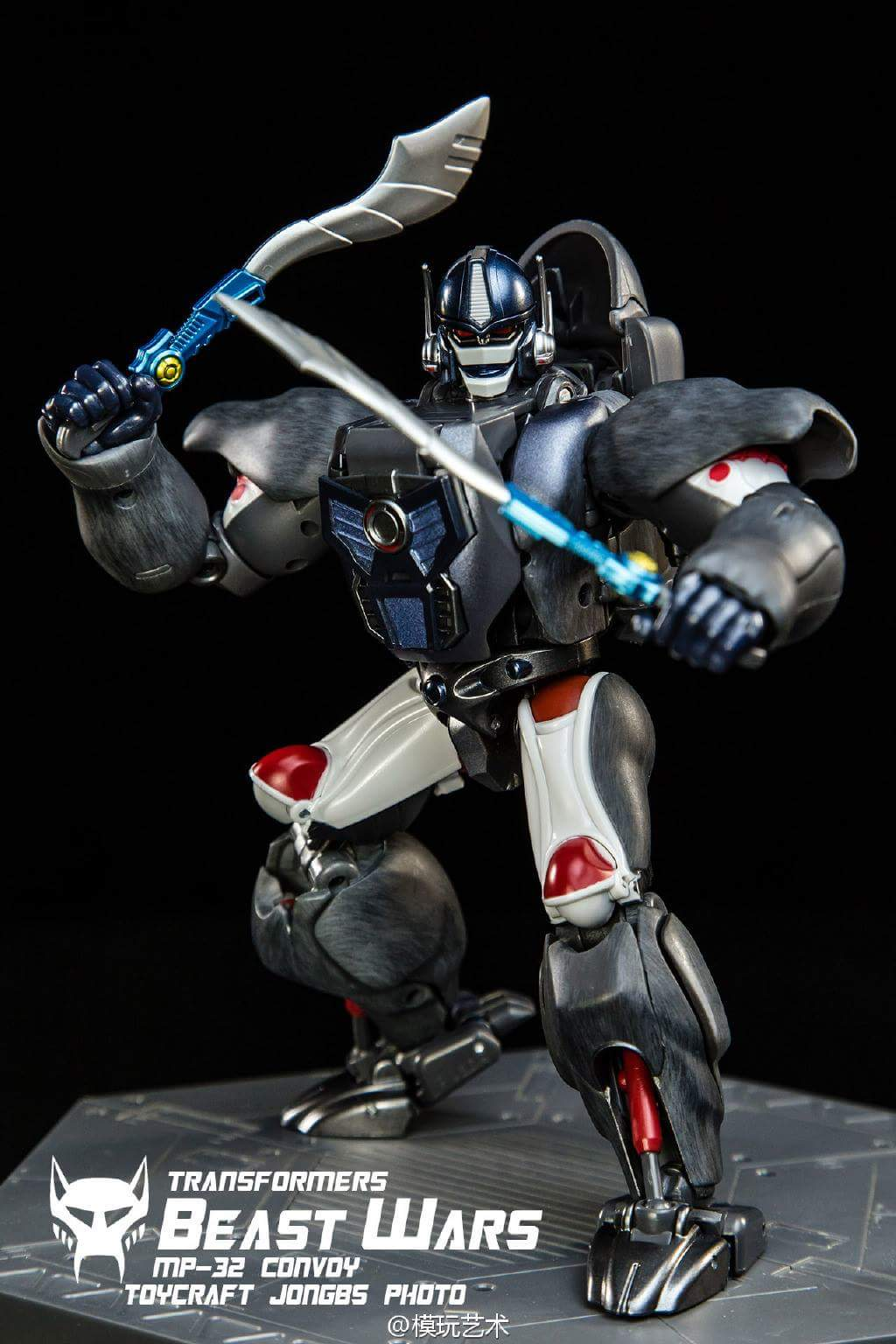 [Masterpiece] MP-32, MP-38 Optimus Primal et MP-38+ Burning Convoy (Beast Wars) - Page 3 8ZGMWbOO