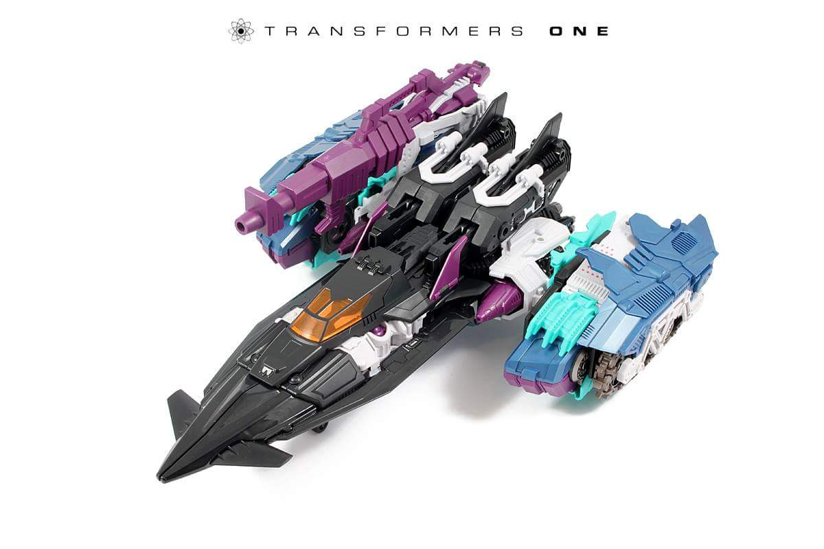 [Mastermind Creations] Produit Tiers - R-17 Carnifex - aka Overlord (TF Masterforce) - Page 3 Zz3SL1Oy