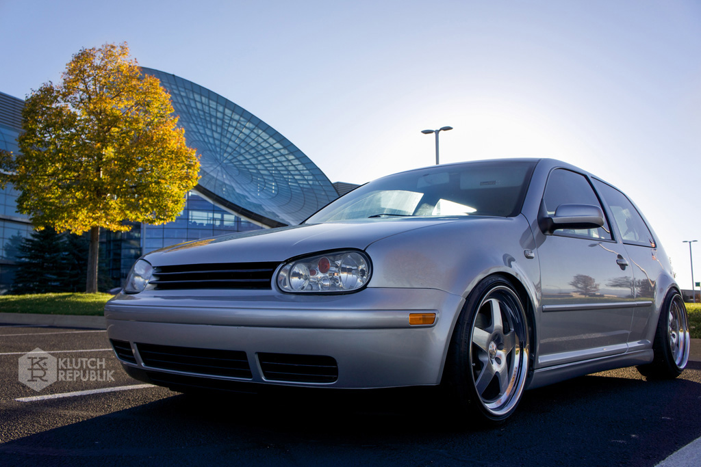 klutch wheels sl5 on slammed mk4 gti reflex silver with aggressive fitment