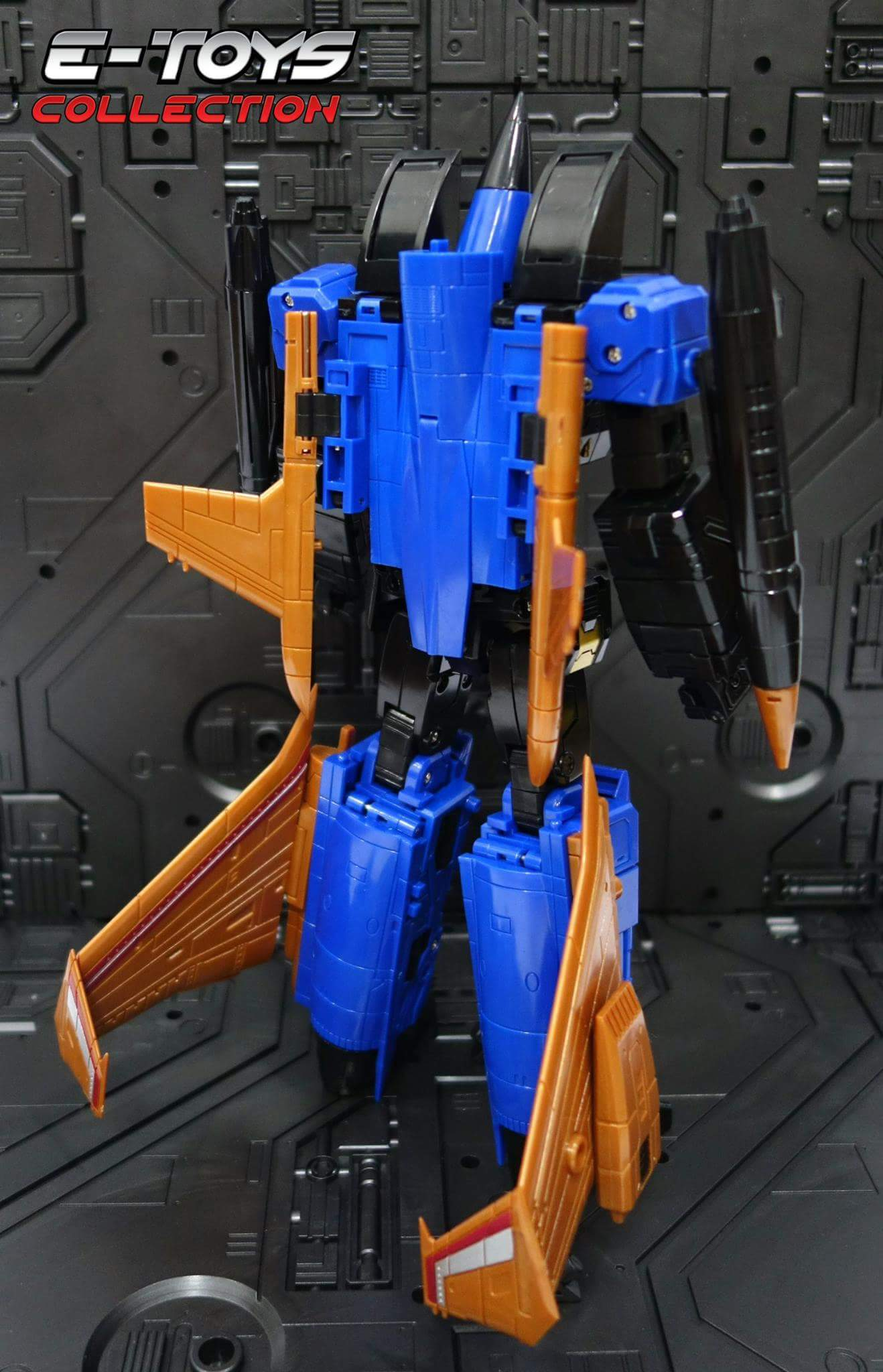 [ToyWorld] Produit Tiers - TW-M02A Combustor (Ramjet/Statoréacto), TW-M02B Assault (Thrust/Fatalo), TW-M02C Requiem (Dirge/Funébro) - Page 3 ZHe2AI16