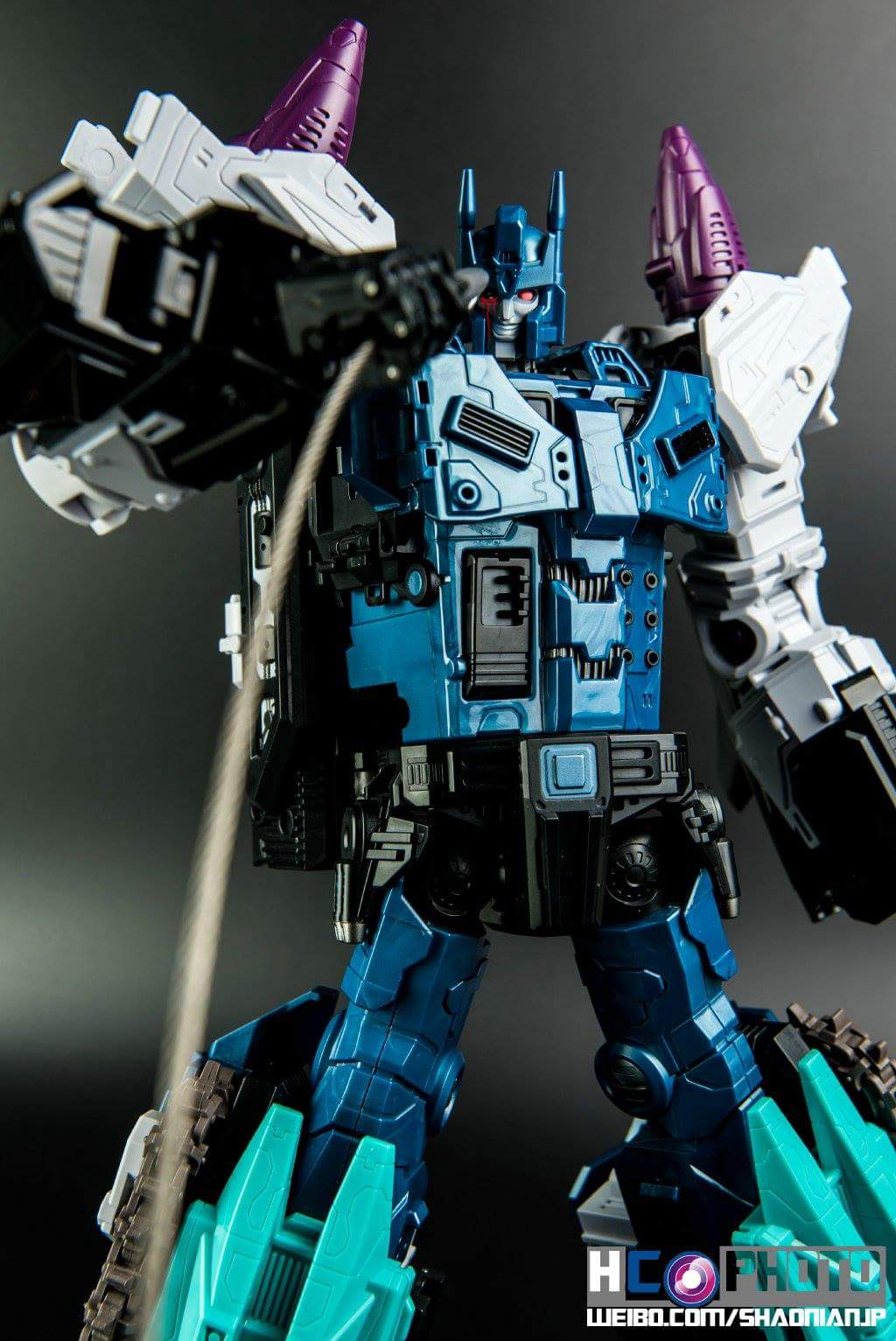 [Mastermind Creations] Produit Tiers - R-17 Carnifex - aka Overlord (TF Masterforce) - Page 3 NVFmXpL3