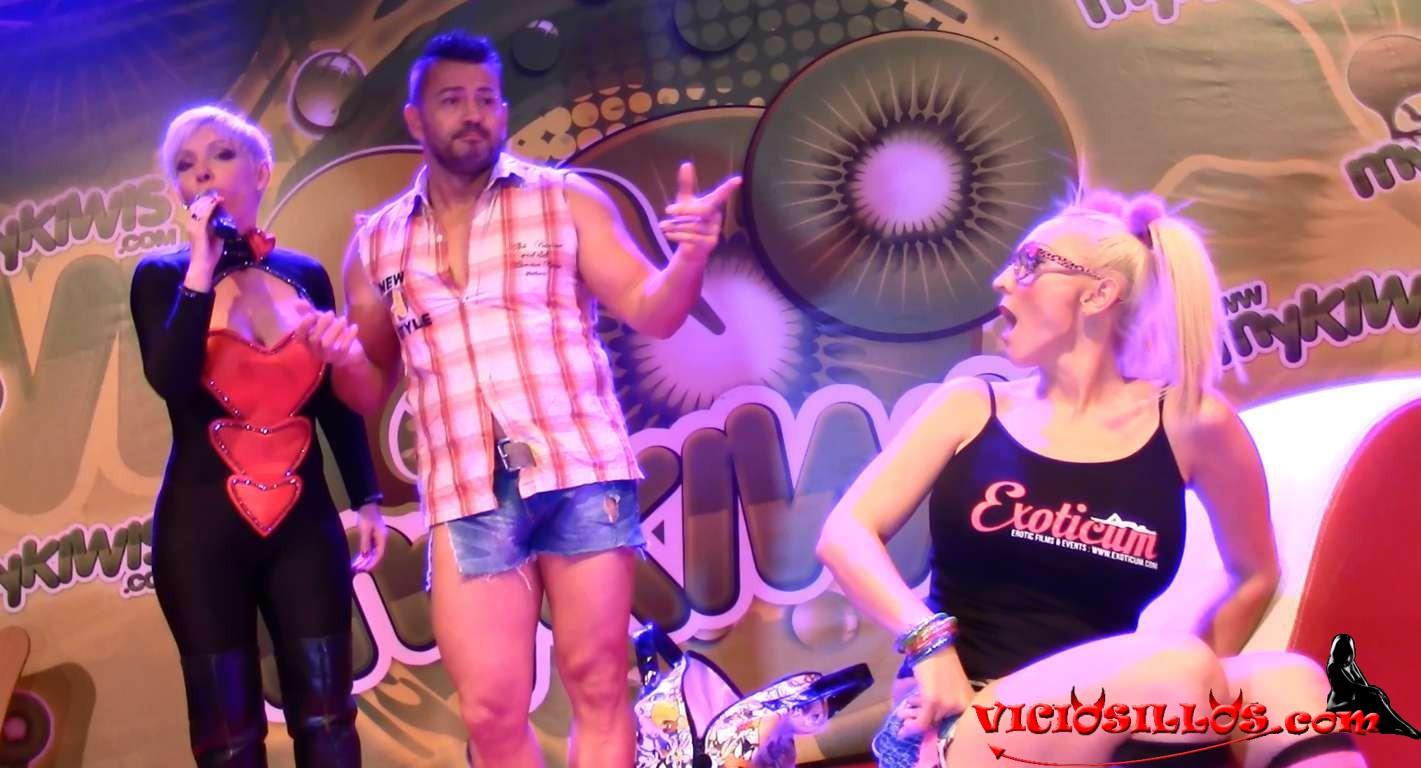 Zenda y kendo follando en el escenario del seb - 2 part 9