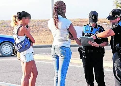 retos prostitutas el chulo de las prostitutas