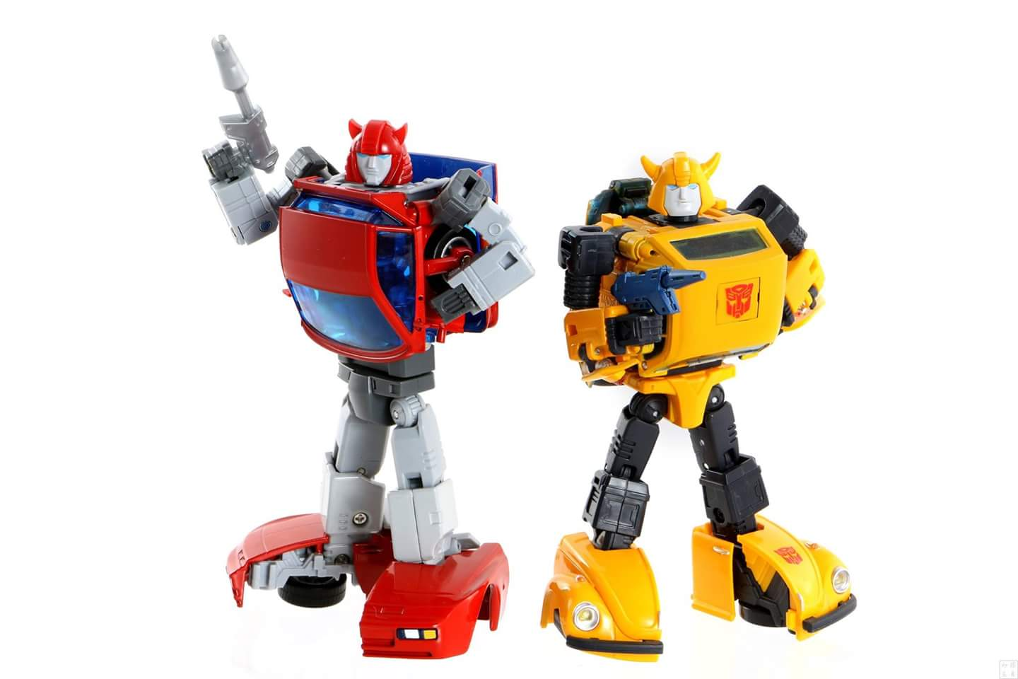 [ACE Collectables] Produit Tiers - Minibots MP - ACE-01 Tumbler (aka Cliffjumper/Matamore), ACE-02 Hiccups (aka Hubcap/Virevolto), ACE-03 Trident (aka Seaspray/Embruns) MyEArZuK