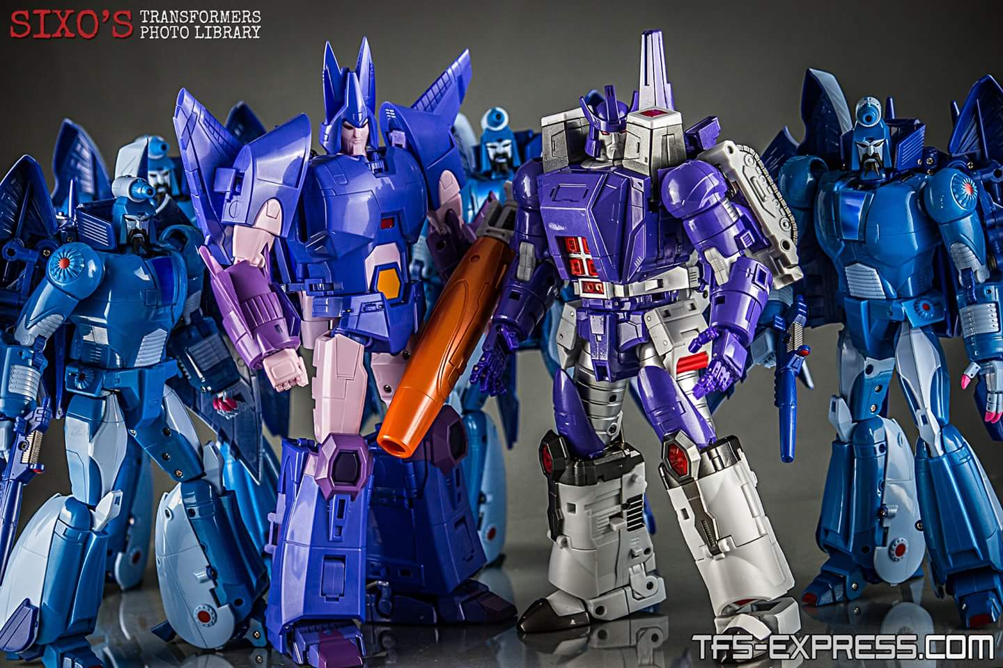 [Fanstoys] Produit Tiers - Jouet FT-16 Sovereign - aka Galvatron - Page 2 Aab0FpqV