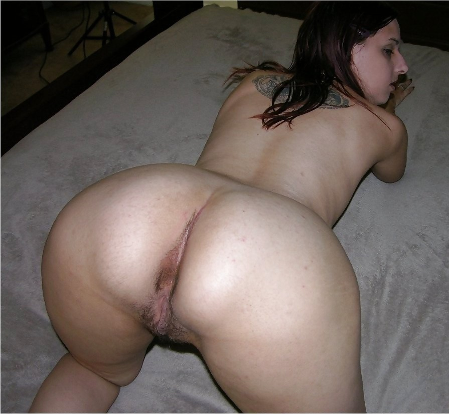 pics of young bubble ass bald pussy