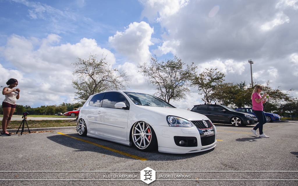 white mk5 gti on vossen wheels