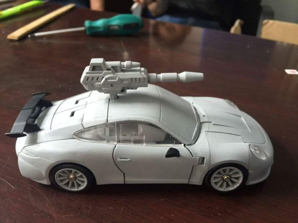 [Generation Toy] Produit Tiers - Jouets TF de la Gamme GT - des BD TF d'IDW NZ83g3s0