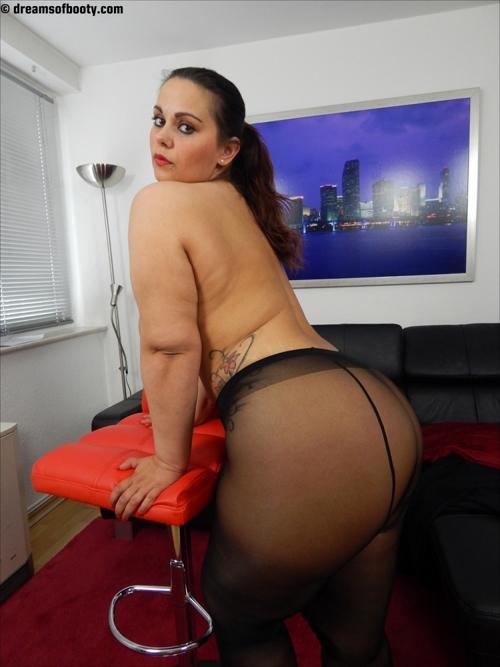 Nude italian woman pic