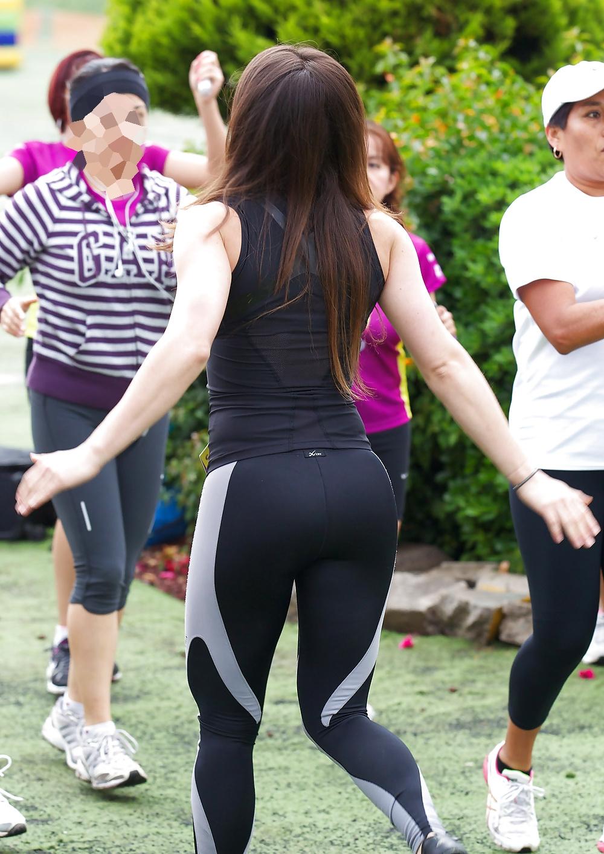 10 nalgona de instructora del gym - 1 1