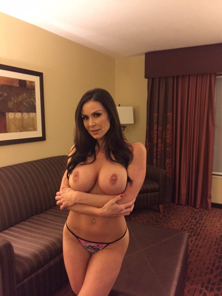 Fotos de Kendra Lust (algunas del Twitter) - Poringa!