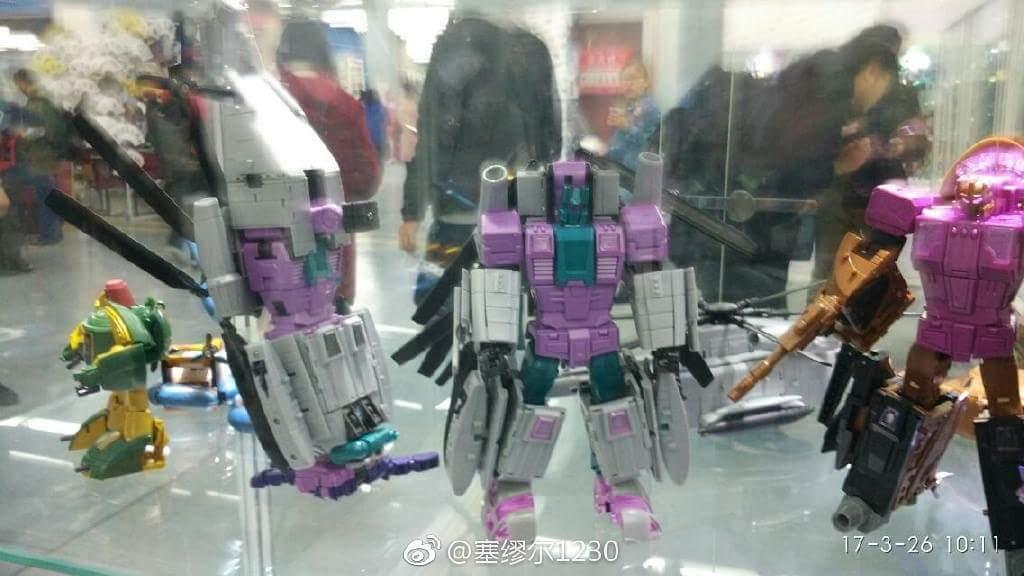 [Zeta Toys] Produit Tiers - Armageddon (ZA-01 à ZA-05) - ZA-06 Bruticon - ZA-07 Bruticon ― aka Bruticus (Studio OX, couleurs G1, métallique) QgPL1Osf