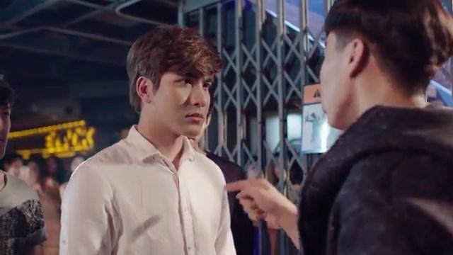 review drama thailand hawk