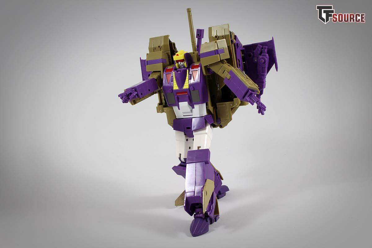 [KFC Toys] Produit Tiers - Jouet Phase 7-A Ditka - aka Blitzwing/Le Blitz - Page 5 FiTrevK7